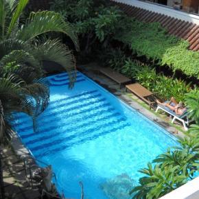 Albergues - Bali Sorgawi Hotel
