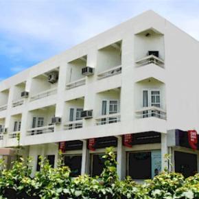 Albergues - Hotel Shikha