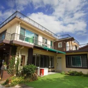 Albergues - 24 Guesthouse Namsan Garden