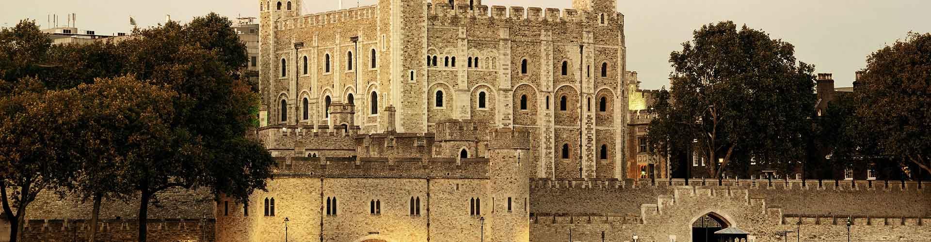 Londres – Albergues próximos a Torre de Londres. Mapas para Londres, Fotos e Avaliações para cada Albergue em Londres.