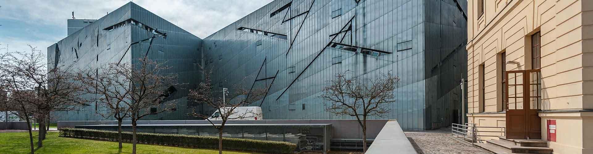 Berlim – Albergues próximos a Museu Judaico de Berlim. Mapas para Berlim, Fotos e Avaliações para cada Albergue em Berlim.