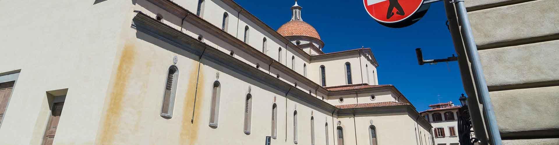 Florence – Albergues no bairro de Santo Spirito . Mapas para Florence, Fotos e Avaliações para cada Albergue em Florence.