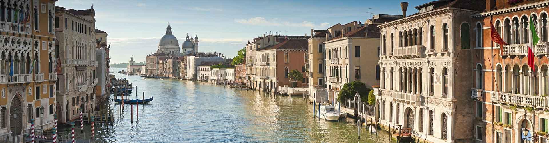 Veneza – Albergues no bairro de Dorsoduro, S. Polo, S. Cruz, Giudecca, Sack Fisola . Mapas para Veneza, Fotos e Avaliações para cada Albergue em Veneza.