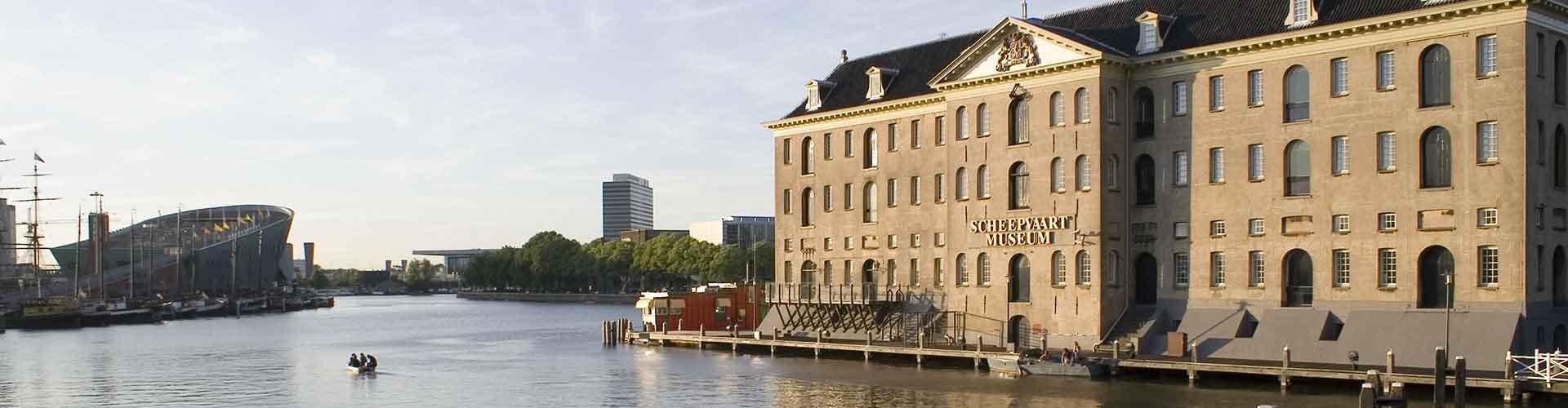 Amsterdam – Albergues próximos a Scheepvaartmuseum. Mapas para Amsterdam, Fotos e Avaliações para cada Albergue em Amsterdam.