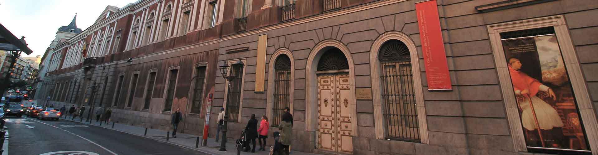 Madri – Albergues no bairro de Universidad . Mapas para Madri, Fotos e Avaliações para cada Albergue em Madri.